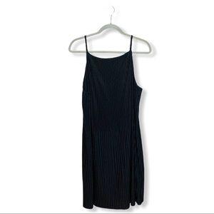 H&M Sleeveless Pleated Dress Black Size 8